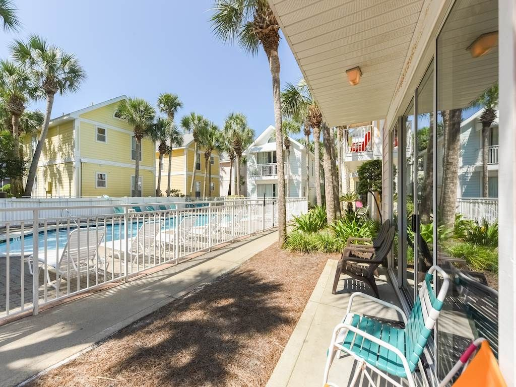 from rainbow the cottages destin nantucket balcony street rental across cottage fl crystal house beach