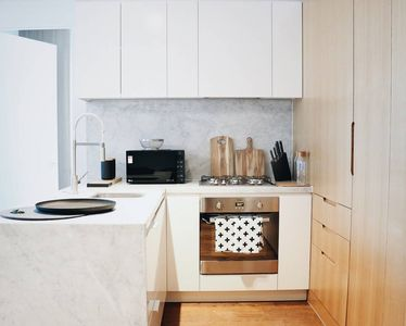 Photo for Amazing 3 Bedroom Apartment in Melbourne Central CBD!