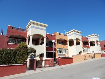 Photo for 2 Bed, 2 Bath apartment, lovely views, close to bars and restaurants