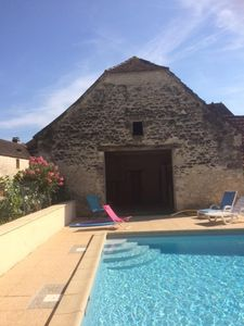 Photo for Beautiful Perigord property with heated pool in a fenced park