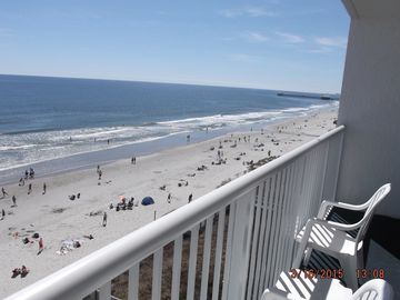 Seawatch Oceanfront One Bedroom Deluxe  21' Balcony 7 nights $695.00 Feb