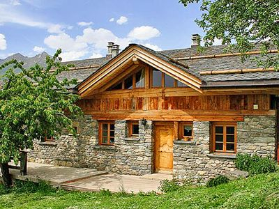 Photo for Charming cottage located in a small traditional mountain village