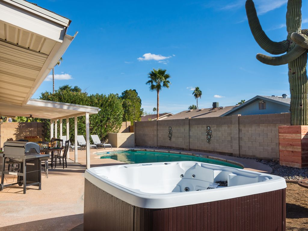 Sale: Old Town Scottsdale 5 Bed 2 bath Large Pool and New Hot Tub ...