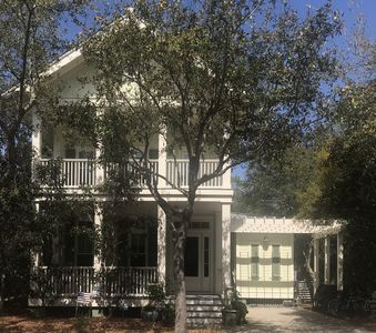 Photo for Park District! Large 5 BR Luxury Home Close to Beach and Pools