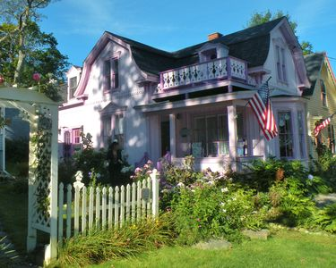 Photo for Beautiful 19th Century Seaside Cottage In The Prettiest Village In Maine