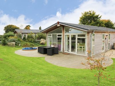 Photo for 9 HORIZON VIEW, family friendly, with hot tub in Dobwalls, Ref 987606
