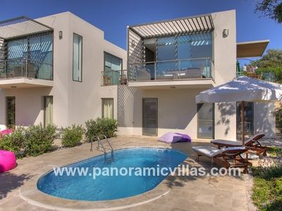 Photo for 3 bedroom Villa, sleeps 6 in Ortakent with Pool, Air Con and WiFi