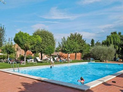 Photo for Holiday resort Montepulciano, Acquaviva di Montepulciano  in Montepulciano - 5 persons, 2 bedrooms