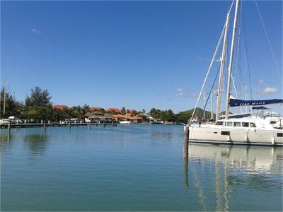 Photo for Beautiful 2BR and 2 en-suite bathroom with Marina and Sunset views