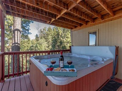 Photo for Ruidoso Rabb, 4 Bedrooms, Pet Friendly, Hot Tub, WiFi, Sleeps 10