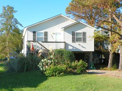 Photo for Waterfront with 3 BRs, Community Pool, Tennis Courts, Soundfront Beach