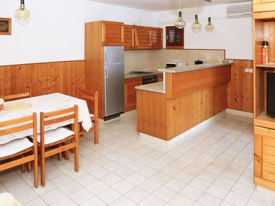 Photo for Beautiful apartment for 6 people with A/C, WIFI, TV, balcony and parking