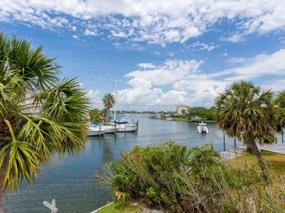 Photo for 3BR Apartment Vacation Rental in Pensacola, Florida