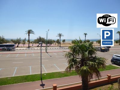 Photo for Apart-Rent-Apartment in front of the beach with wifi  ( 0021)