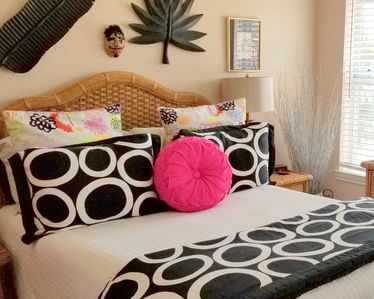 Photo for ★Bedroom for 2 People 20 minutes from BU/Silos★30+ Amenities★Clean★Quiet