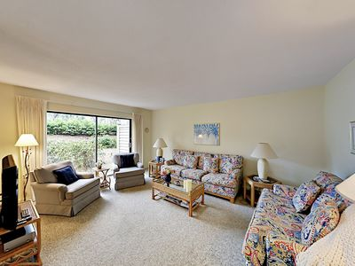 Photo for 2BR at Sea Pines Plantation – Steps from Waterfront Harbour Town