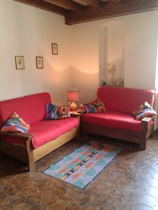 Photo for Lovely apartment very close to ponte vecchio, beautiful view roofs and gardens
