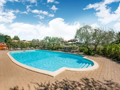 Photo for Boutique Cottage in Poggibonsi with Pool