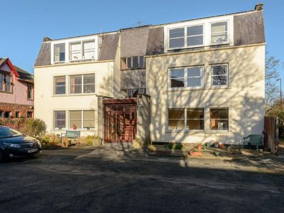 Photo for Bramerton Court - Two Bedroom Apartment, Sleeps 4