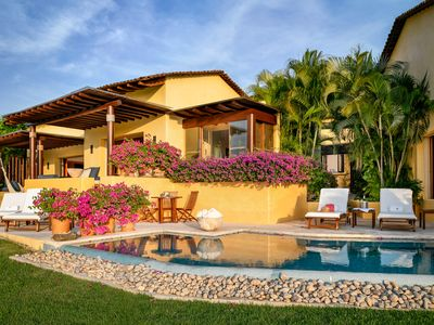 Photo for Four Seasons Private villa. Owners direct contact. December Promo rates.