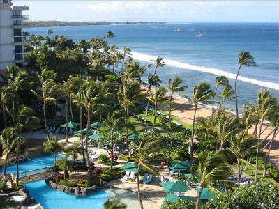Pool and beach - as close to ocean as is possible on Maui! - Typical OceanView