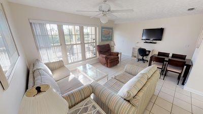 Photo for Gulf View 2 Bed 2 Bth Pet Friendly Sleeps 8 * Contact 4 Snow Bird Rates *