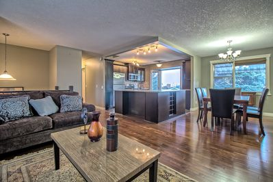 LIVING-DINING-KITCHEN OPEN CONCEPT