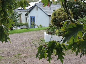 Farm cottage in West Somerset, with hot tub, Wifi, dog friendly, sleeps 4