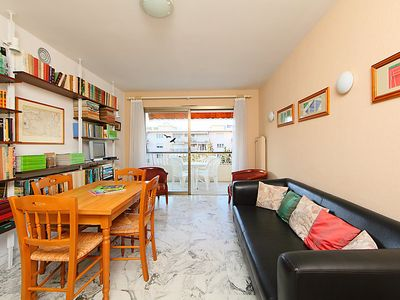 Photo for One bedroom Apartment, sleeps 2 in Cannes with WiFi