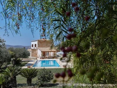 Photo for This 4-bedroom villa for up to 8 guests is located in Tilisos and has a private swimming pool, air-c