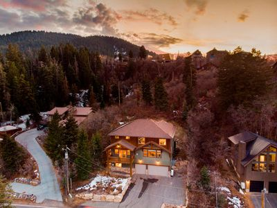 Photo for Olympic by AvantStay | Gorgeous Rustic Cabin w/ Mtn Views & Jacuzzi