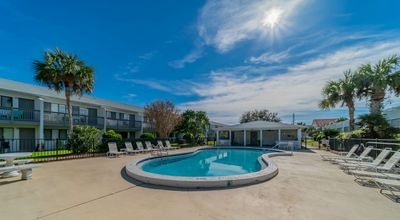 Photo for Paradise30A~ 111HBV, Community Pool, Walk/Bike to Seaside! Steps to the beach - Book now for Fall 2019!