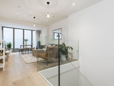 Photo for Truly sumptuous 2 Bed, Oxford Circus house