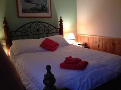 The Rose Room - queen sized comfort at Circa 1894 B&B and Day Spa