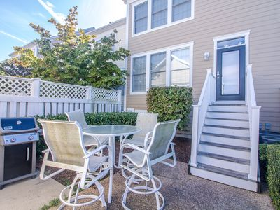 Photo for 1VIL: Dog friendly! 5BR Bear Trap Dunes TH! Steps to Pools, Golf, Tennis