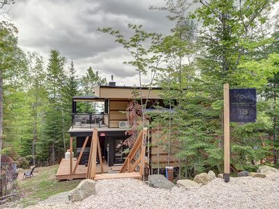Photo for Modern chalet, view & spa in Charlevoix - Professional rental & cleaning team