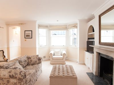 Photo for UP TO 20% OFF Fantastic apartment sleeping 4 located in desirable Chelsea- Veeve
