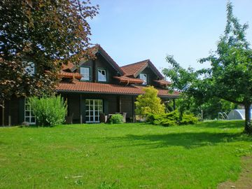 Block house with pool, few minutes from the lake, and beautiful nature - Seeblick 2