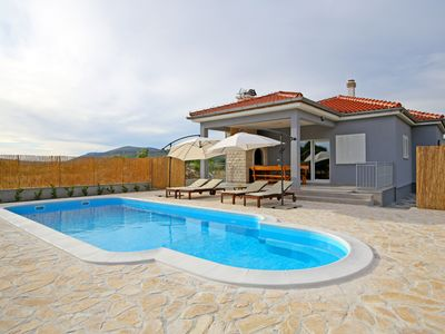 Photo for Modern Guest House Rak with beautiful pool