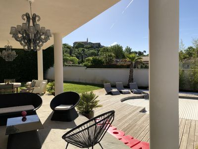 Photo for Near Montpellier, 320m2 air-conditioned house, 7 bedrooms, swimming pool, ideal for 2 to 3 families.
