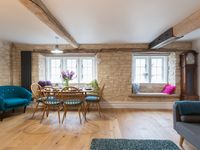 Lovely property in pretty Cotswold village