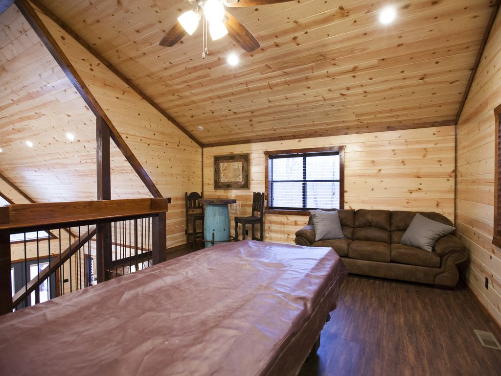 pictures suite broken of beavers media best rentals private s lodge gallery vacation bend attached oklahoma cabin mountain new majestic ok bow cabins luxury sleeps