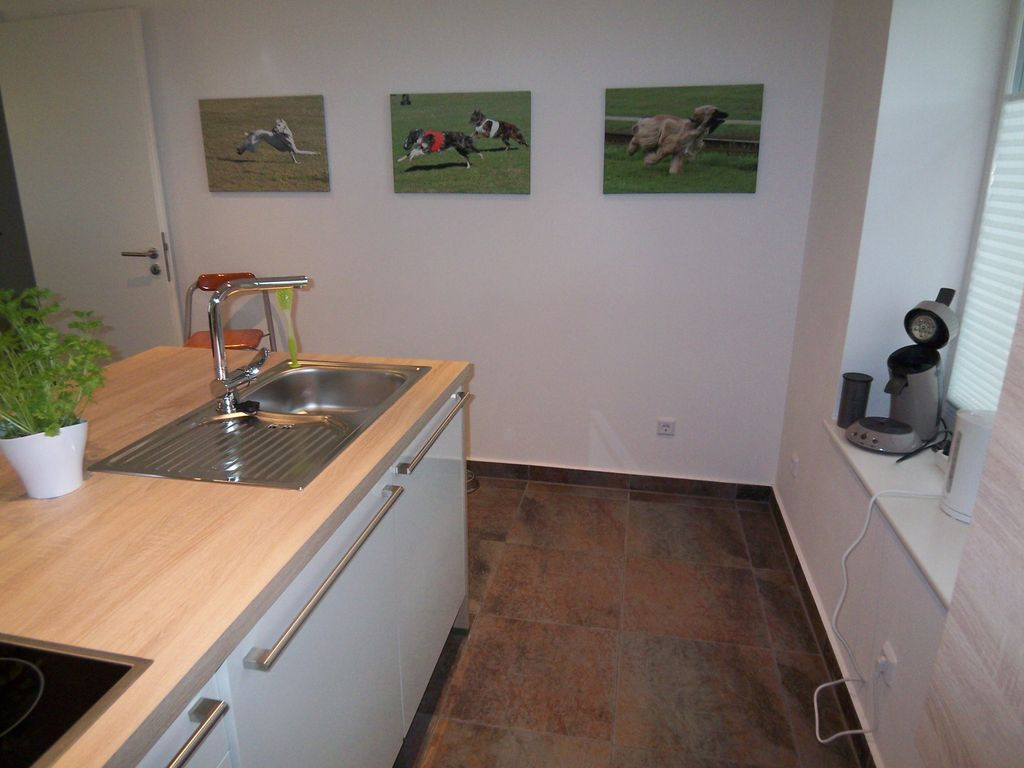 NEW 2015: apartment 8 000 sqm with dog walk... - VRBO