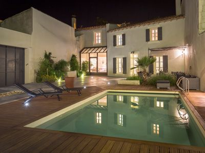 Photo for Quiet home in the heart of the Alpilles with private pool