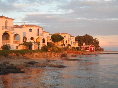 Photo for Spetses, traditional villa on the waterfront - beach