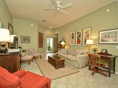 Photo for SOCO Home and Convenience in Quiet Neighborhood-Walk to St Elmo Brewing!