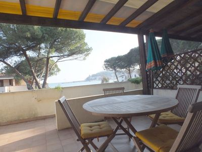 Photo for Ideal location and with sea view - Golden River 8
