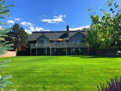 Photo for Private, Easy Access, Large Groups, 20+ in beds, 5300+ SF, Grill, Hot Tub, Views