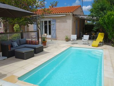 Photo for Cosy apartment for 6 people with private pool, A/C, WIFI, TV and parking