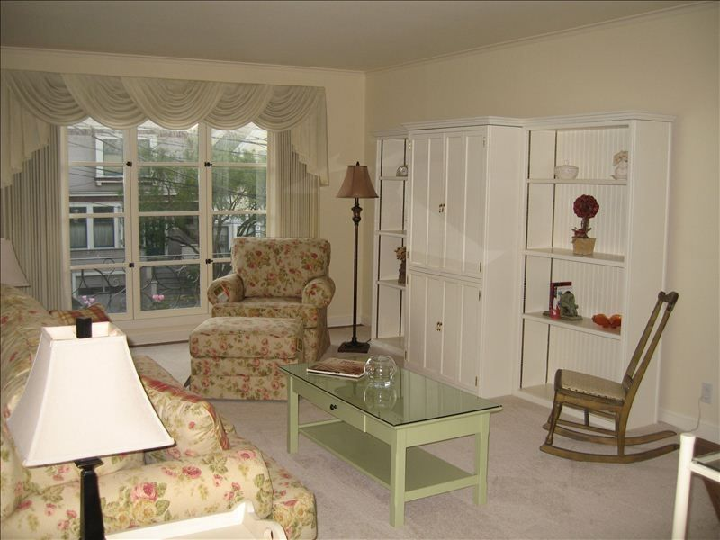 Charming Inner Sunset/Golden Gate Park Condo walkable to UCSF with parking  - Sunset District